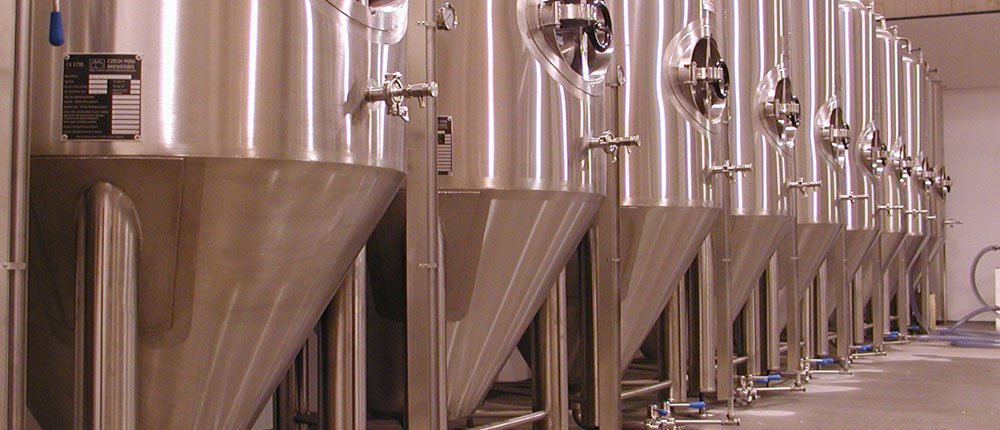 Cylindrically-conical fermentation tanks - conical beer fermentors